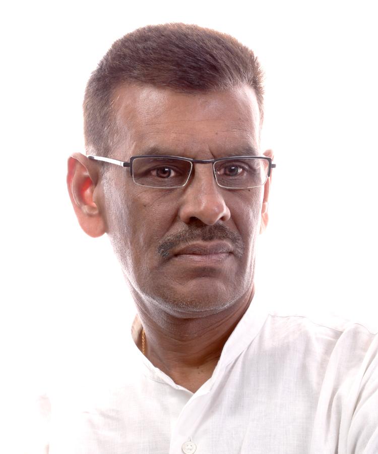 Mr Mahesh Mehta