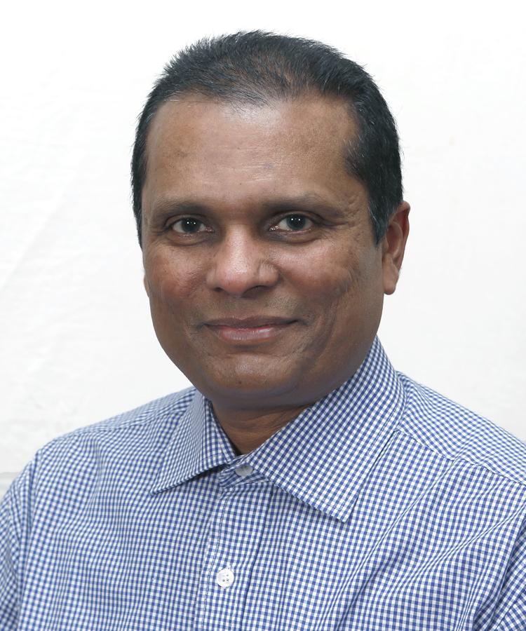 Mr Maunesh Shah