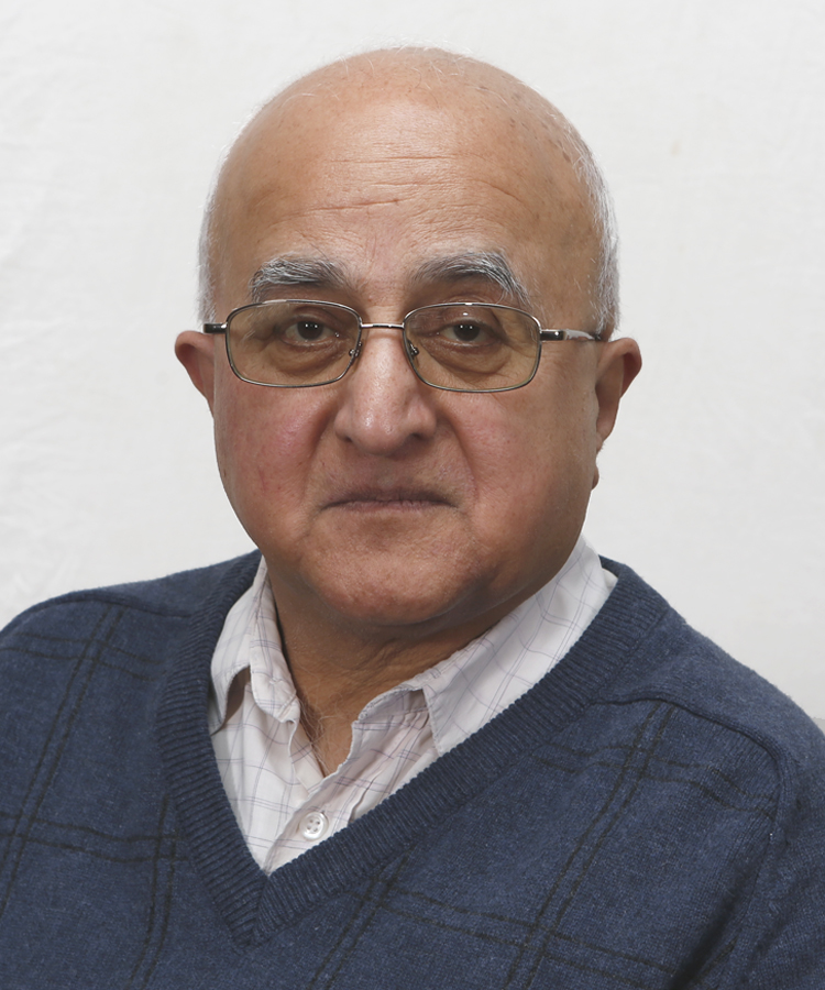 Mr Rajni Shah