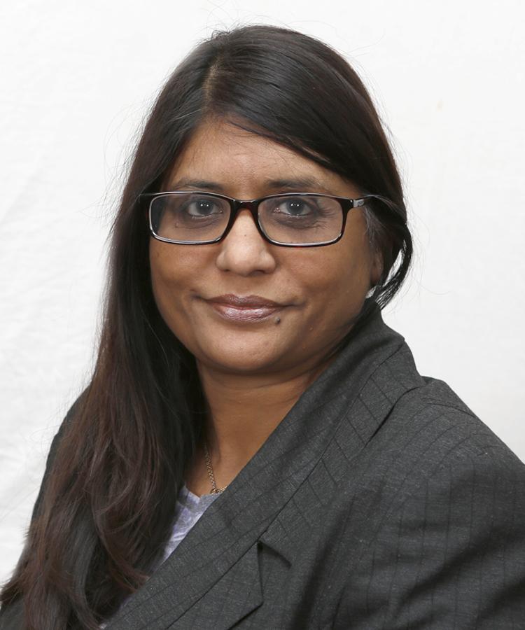 Mrs Rina Shah